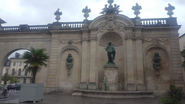 Nancy et ses fontaines- Callot à la place Vaudémont