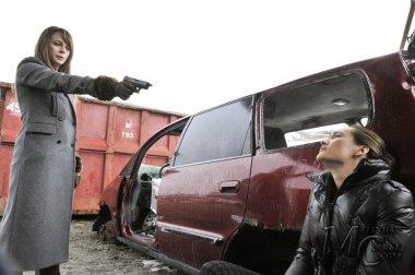 "Nikita ""Power"" (2.18) – Stills de l' Episode"