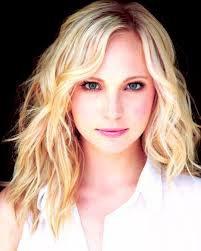 Caroline Forbes ( Candice Accola)