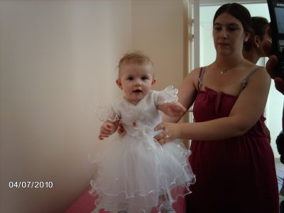 Eléna à son baptême