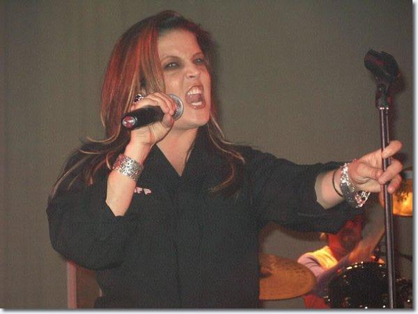 Lisa Marie Presley: In Concert Mars 21, 2004, Crown Casino de Melbourne