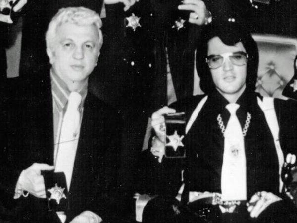 George C. Nichopoulos, le médecin d' Elvis Presley,