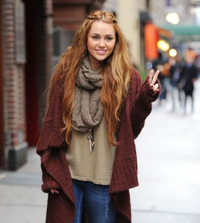 miley cyrus  le 28 fevrier 2011 de sortie à new york city