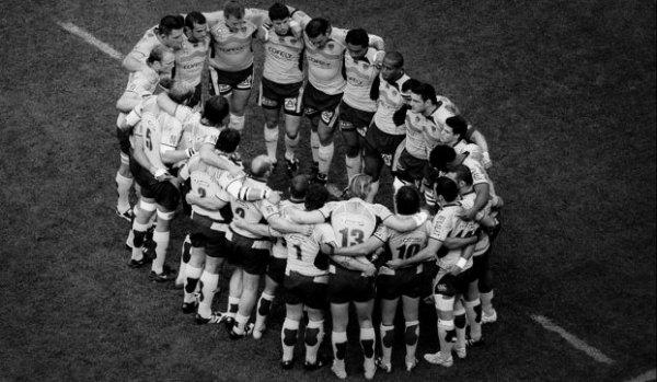 """""""On a appelé le rugby sport-roi, parce que nulle part ailleurs les belles qualités de l'homme, les qualités qui font l'homme ne trouvent un terrain plus favorable pour se révéler."""" R.Roy"""