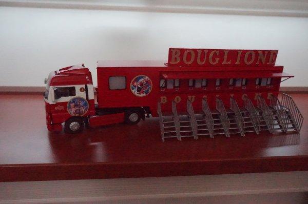Entracte : maquette cirque Bouglione
