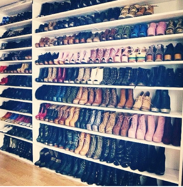 Shoes room