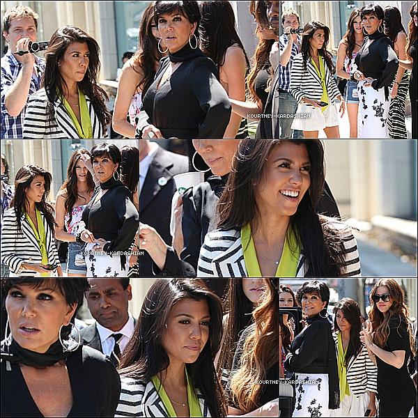 07.08.11 :Kourt. photographié en compagnie de sa famille  sortant de la boutique de Vera Wang.