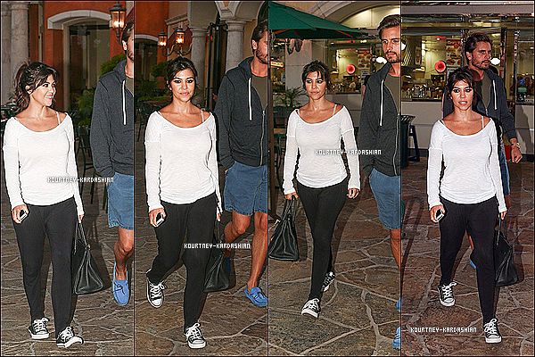 . 01.08.13 : -  Kourtney la petite Penny et Scott faisant du shopping à Beverly Hills. .