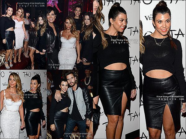 . 25/10/13 : Kourtney et toute sa famille au «Tao night club» pour l'anniversaire de Kim à Las Vegas. .