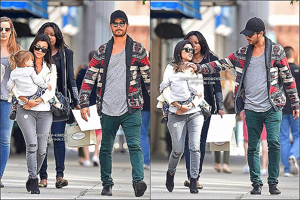 * 31/05/14 : Kourtney décontractée à été se promener avec Penelope et Mason, ses enfants dans New York.    *