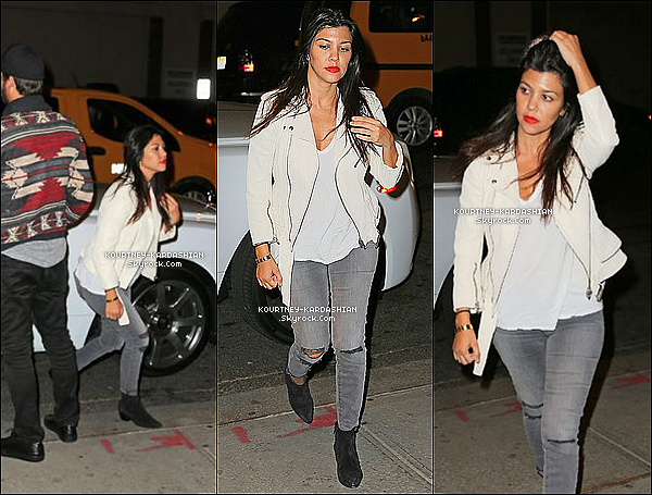 * 31/05/14 : Kourtney et son compagnon, Scott ont quittés le Bar Pitti dans West village à New York.   *