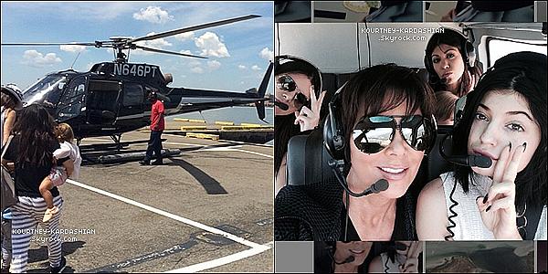 * 28/06/14 : Kourtney avec ses enfants ainsi que Kendall, Kylie et Kris dans un hélicoptère direction les Hamptons. Kourtney avait dans les bras, la petite Penny, qui prenait pour la toute première fois un hélicoptère. Kim et Khloé n'était pas présente.*