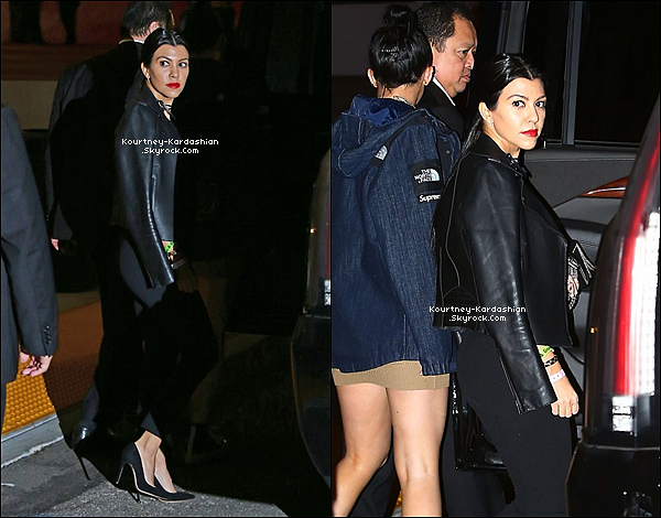 09/12/15 : Kourtney aperçue furtivement se rendant au concert de The Weeknd à Los Angeles.Elle semblait radieuse, même si on n'a malheureusement que deux photos de disponible pour voir sa tenue.  POSTED BY CINDY ON NOVEMBER 21TH 2015