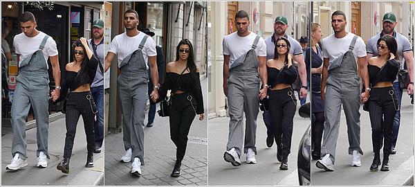 29.09.17 : Le petit couple Kourtney / Younes était dans les rues de notre jolie capitale : Paris.Que de régal pour les yeux que de voir ses deux bombes ensemble. Je suis si heureuse pour Kourtney ! POSTED BY CINDY ON OCTOBER 15TH 2017