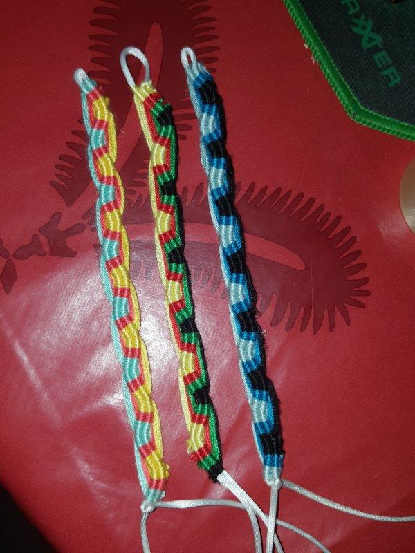 D'autres couleurs de bracelets Péruviens