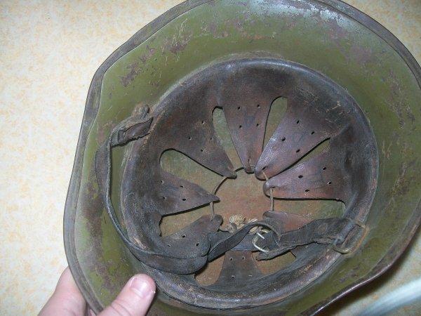 casque bulgare ww2 offert dans le lot par mr jp personne que japresie pour sa gentillese et sa bonté merci mon amie jp