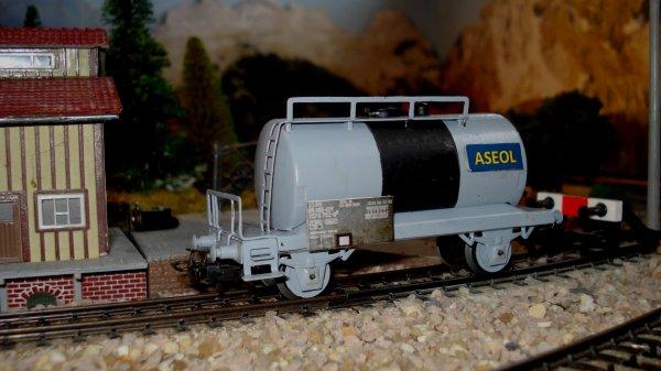 Naissance du « petit dernier », le wagon-citerne ASEOL, destiné au transport exclusif de lubrifiant
