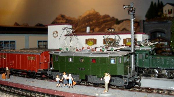 Une sympathique locomotive sauvée d'une inaction définitive, grâce à un liquide miracle pour le nettoyage