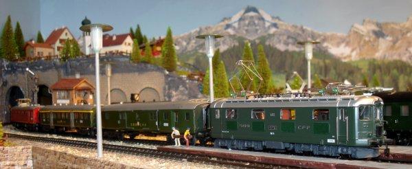 Encore quelques ambiances de trains intervilles avec locomotives Re 4/4 I (deuxième partie)
