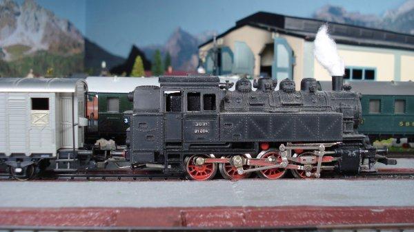 BR 80, BR 81 et RSM 800 en HO de MAERKLIN – Essais intensifs de traction