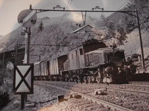 """""""Signalo-ferroviairo thérapie"""" à la mode suisse (première partie)"""