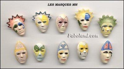MOULIN A HUILE  1997  LES MASQUES  LES INDIENS  NOTRE DAME DE PARIS  LES MONUMENTS DE LA SARTHE