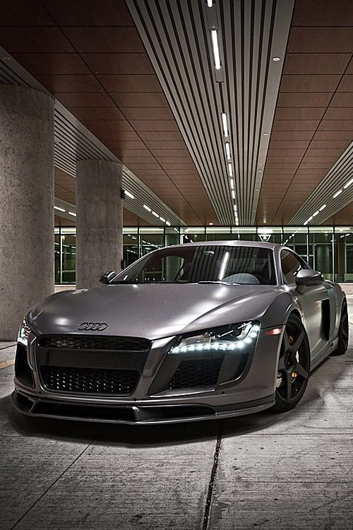 Audi ♥  What a nice car