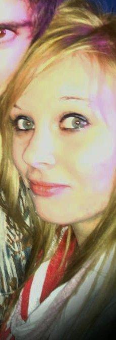 Alexandra , 16ans , En Couple & C'est Tout
