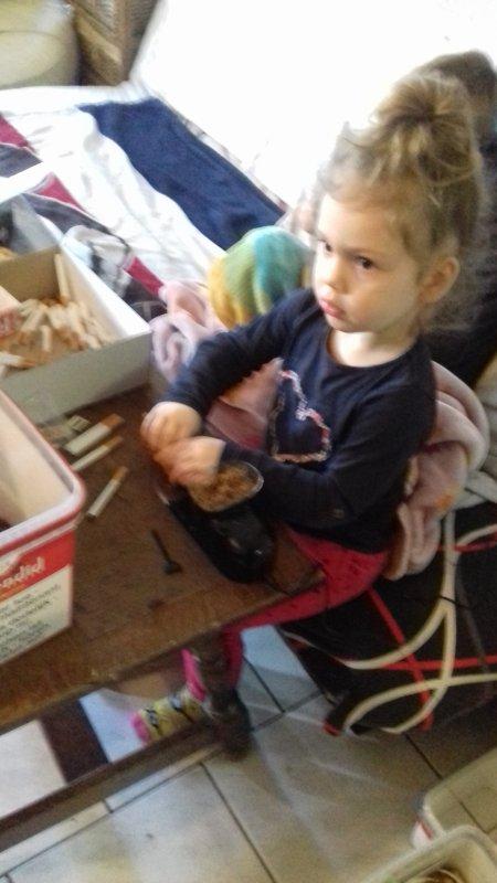 Ma fille sylvia qui fai mes cigarettes