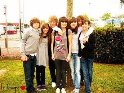 Caroline's friends