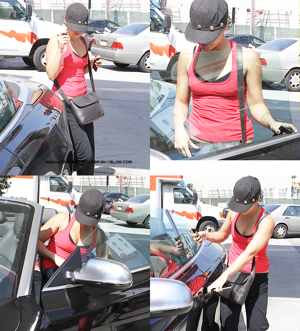 01 septembre 2011  ; Vanessa quitte la gym avec Shawn Pyfrom, un acteur de la série Desperate Housewives.