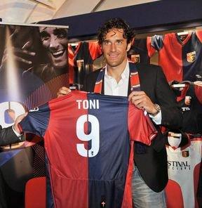 Luca Toni au Genoa :D