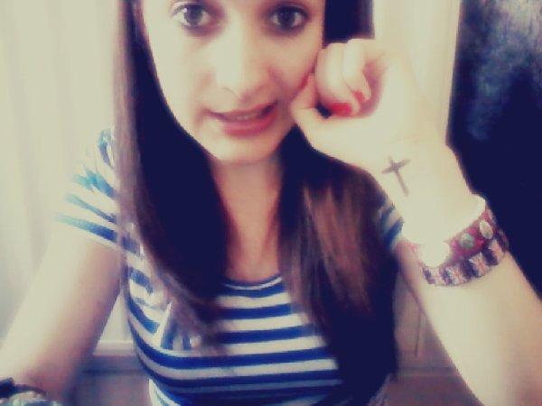 Je suis pas croyante , mais je crois en toi † ♥