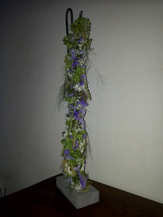 Guirlande fleurie chez Françoise Vandonink