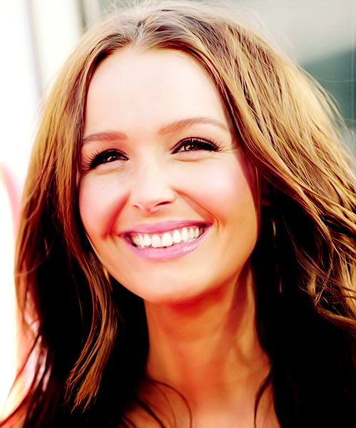 Source Camilla Luddington ! <3