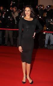 Shy'm avec sa robe transparente aux NMA !!