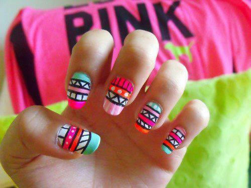 Mes 8 conseils pour de beaux ongles.