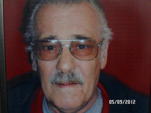 mon papa qui nous a quitter le 5 aouts 2012