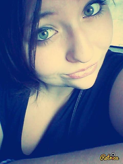 verts comme les yeux de vipères...