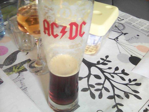 Un petit coucou a mon amis Phil piccon biére