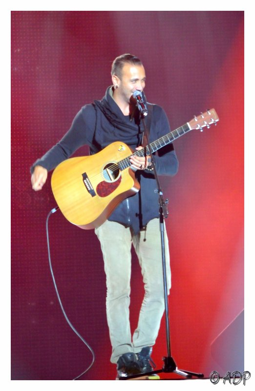 Prend ta guitare et chante l'ami !