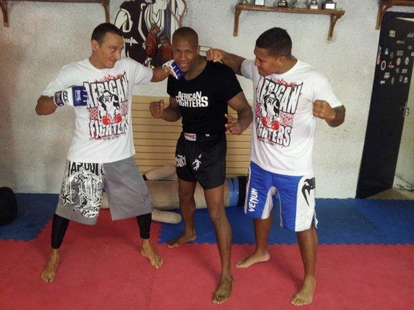 AFRICAN FIGHTERS NOUVELLE MARQUE DE SPORT ET D'ESPRITS PACIFIQUES