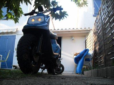 Scooter de Spirit Bleu