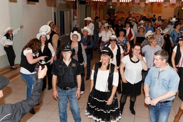 BAL 2 MAI 2015 chez RHYTHM'N BOOTS COUNTRY DANCEURS