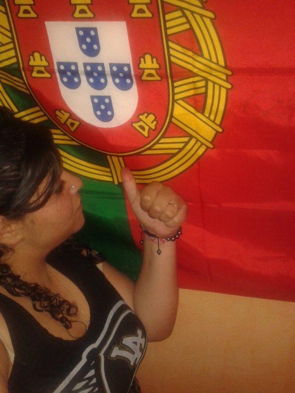 Portugaise et fier de letre :)