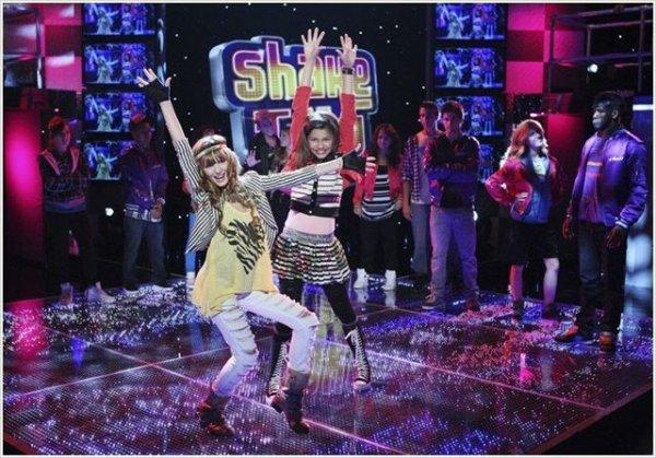 Bella et Zendaya in shake it up