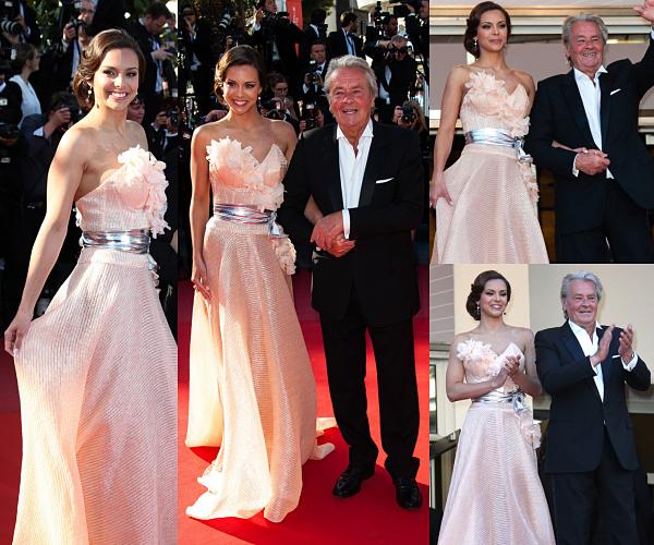 EVENTS -- Marine et Alain Delon étaient sur le tapis rouge du Festival de Cannes, le 26 mai 2013.