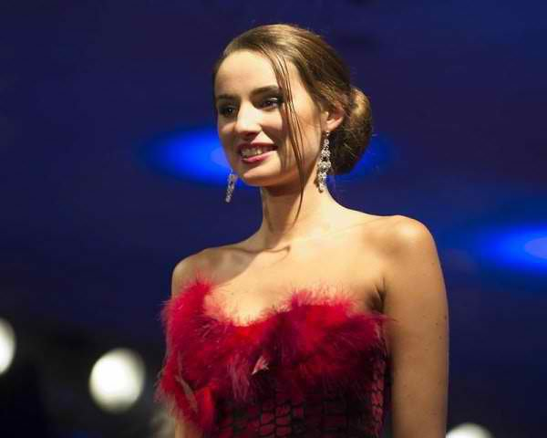 Miss Pays de Loire est Marie Plessis