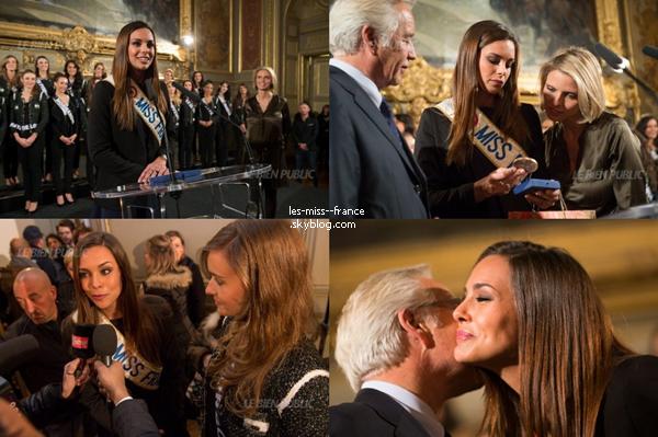 23 Novem. 2013 | Les candidates à Miss France 2014, Miss France 2013 et Sylvie Tellier sont invitées à la mairie de Dijon.