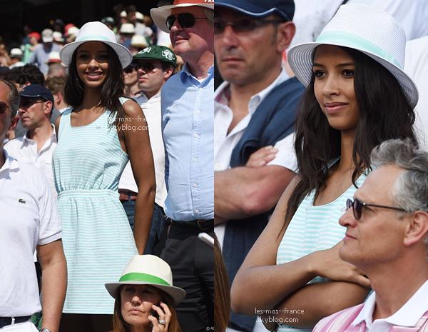 08 Juin 2014 | Flora Coquerel était à Roland Garros accompagnée de Patrick Bruel et de Sylvie.